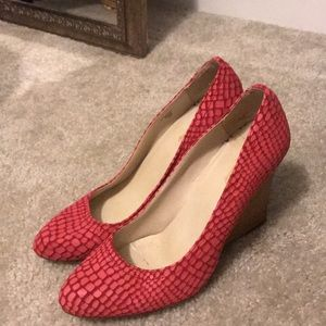 Red Wedges - Max Studio
